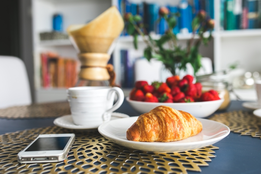 kaboompics.com_Croissants and strawberry for breakfast